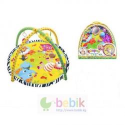 Детский игровой коврик с игрушками